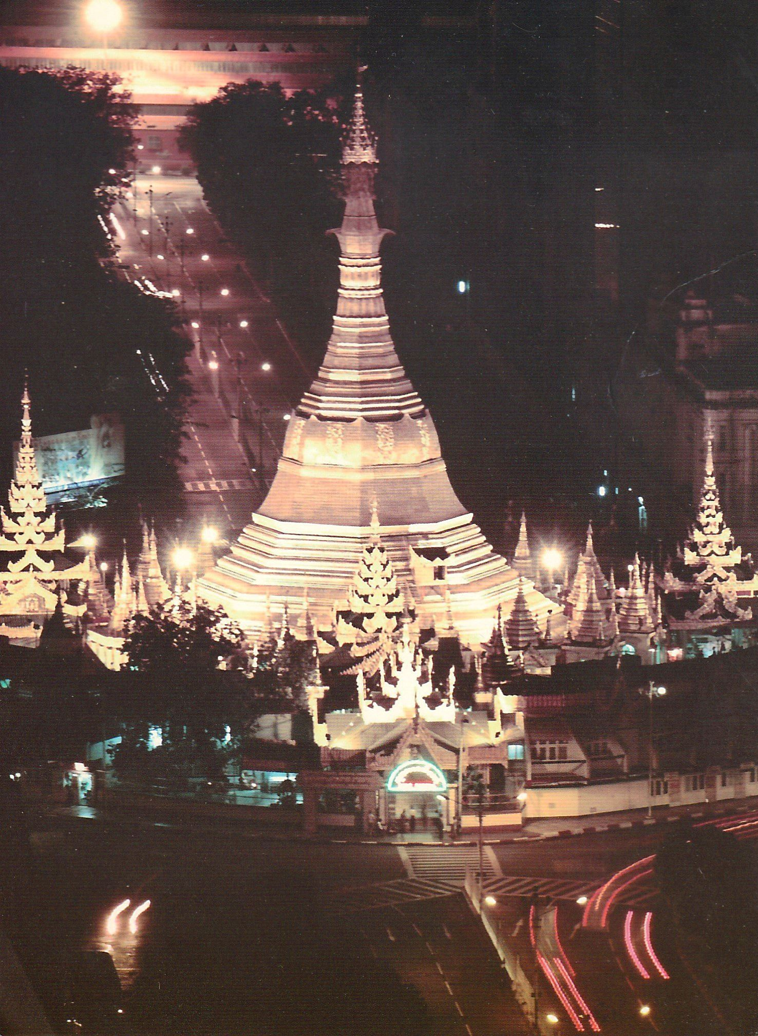 168 • Sule Pagoda